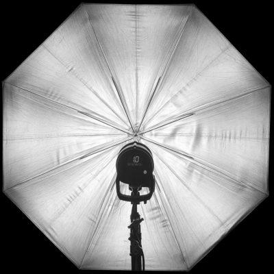 3DC_RLS025_Profoto_Umbrella_ Lastolite_Silver_105x105cm