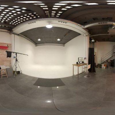 Real Light Studio HDRI 01